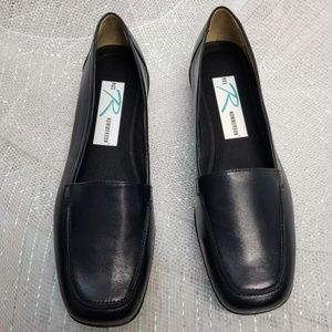 Ros Hommerson Shoes - Ros Hommerson Dark Blue Leather Loafers Size 7.5